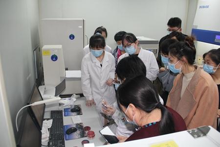 医学技术学院2_副本.jpg